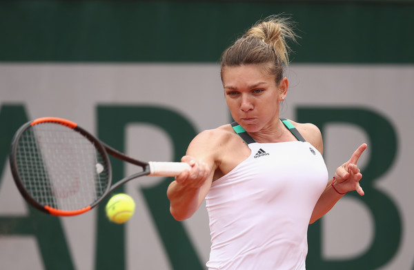 Simona Halep was solid at the baseline today | Photo: Julian Finney/Getty Images Europe