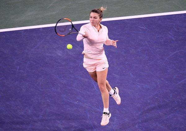 Simona Halep earned break point in the first game but was soon pegged back   Photo: Harry How/Getty Images North America