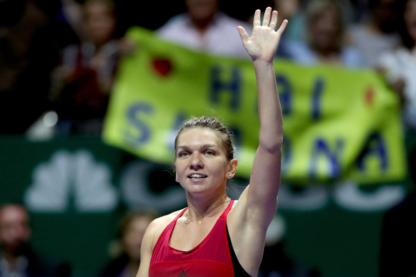 Simona Halep was an obvious crowd favourite at the WTA Finals | Photo: Matthew Stockman/Getty Images AsiaPac