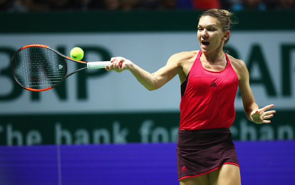 Simona Halep was unable to find her mark today | Photo: Clive Brunskill/Getty Images AsiaPac