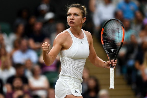 Simona Halep was just two points away from claiming the top spot at Wimbledon | Photo: Shaun Botterill/Getty Images Europe
