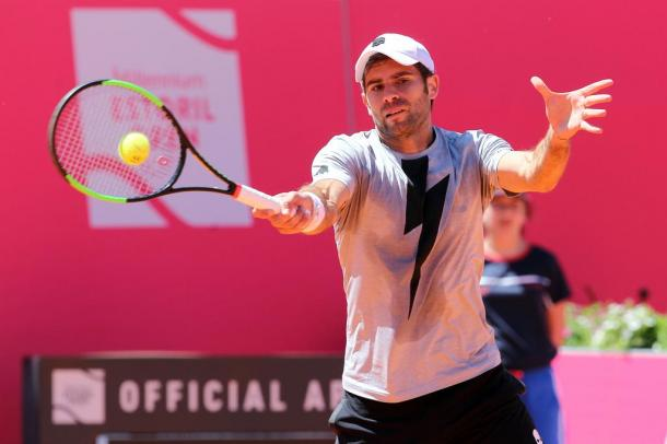 Simone Bolelli playing his first match of the qualifying draw. (Photo by Millennium Estoril Open)