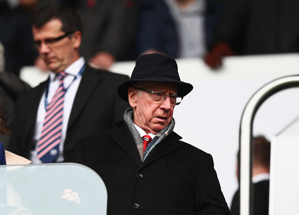 Sir Bobby Charlton watches on as United are embarrassed by Spurs | Photo: Julien Finney/Getty Images Sport