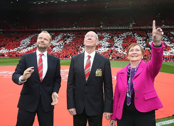 Sir Bobby looks at the South Stand, now the Sir Bobby Charlton Stand | Photo: Matthew Peters/Manchester United