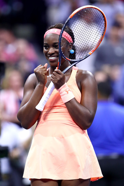 Sloane Stephens celebrates after defeating Venus Williams in the semifinals of the 2017 U.S. Open to make her first Grand Slam final. | Photo: Clive Brunskill/Getty Images