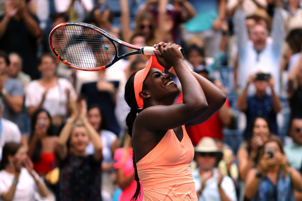 Support: The crowd in Arthur Ashe provided Stephens with a lively atmosphere to play in during her quarterfinal match against Anastasija Sevastova | Photo: Getty Images North America