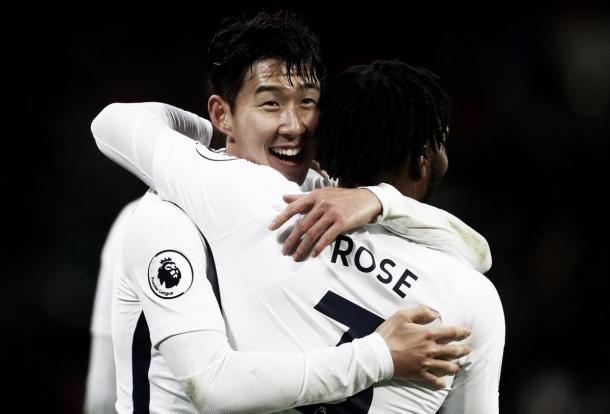 Son y Rose en el festejo del 2-0. Foto: twitter.com/SpursOfficial