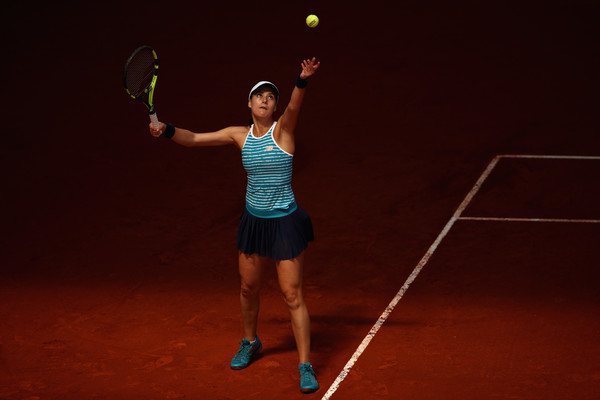 Sorana Cirstea serves at the Mutua Madrid Open | Photo: Julian Finney/Getty Images Europe