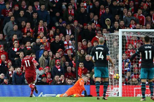 Gol de Salah al Southampton en la última salida de los de Pellegrino | Fotografía: Premier League