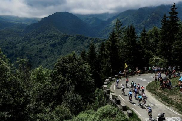 Asecnsión de los fugados al Col du Soulor. | Foto: LeTour