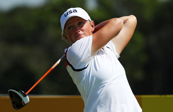 Stacy Lewis hits a tee shot off of the third hole during the first round of the Olympic golf tournament/Photo: Scott Halleran/Getty Images