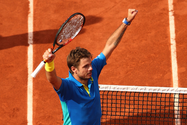 Wawrinka Outslugs Murray To Reach French Open Final