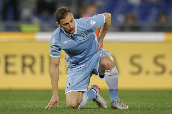 Stefan Radu dopo l'infortunio alla schiena. Fonte foto: Getty Images Europe.