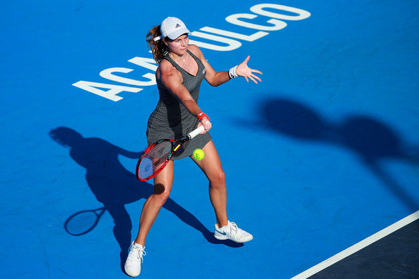 Stefanie Voegele in action at the Abierto Mexicano Telcel -- she's now in the semifinals | Photo: Hector Vivas/Getty Images South America