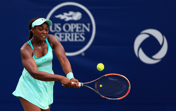 Sloane Stephens hits a backhand, the shot she struggled most with on Saturday. Photo: Vaughn Ridley/Getty Images
