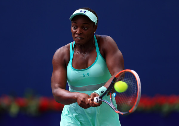 Sloane Stephens powers through a backhand during her semifinal loss. Photo: Vaughn Ridley/Getty Images
