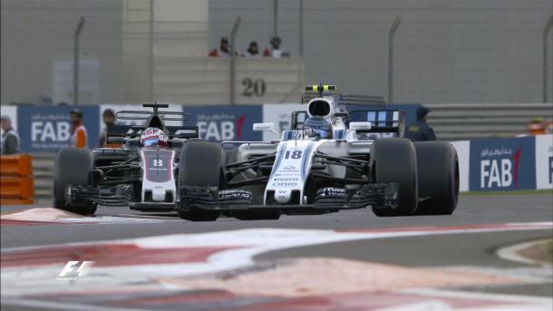 Stroll e Grosjean travaram a principal briga da prova (Foto: Divulgação/F1)