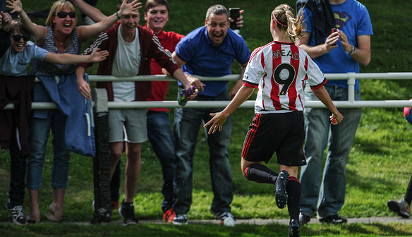 Beth Mead celebrating her first goal of the season | Photo sourced: Sunderland Ladies FC