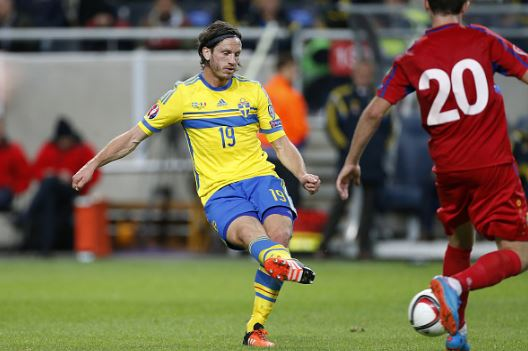 Gustav Svensson (left) while playing with Sweden during a UEFA Euro 2016 qualifier match against Modova | Souce: Jean Catuffe - Getty Images