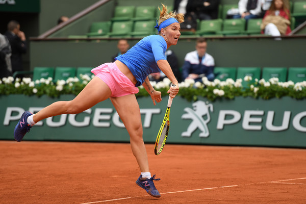 Svetlana Kuznetsova in action at the French Open last year | Photo: Dennis Grombkowski/Getty Images Europe
