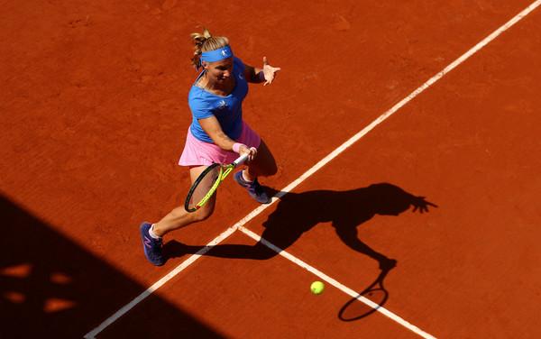 Kuznetsova hits a forehand in Paris. Photo: Julian Finney/Getty Images