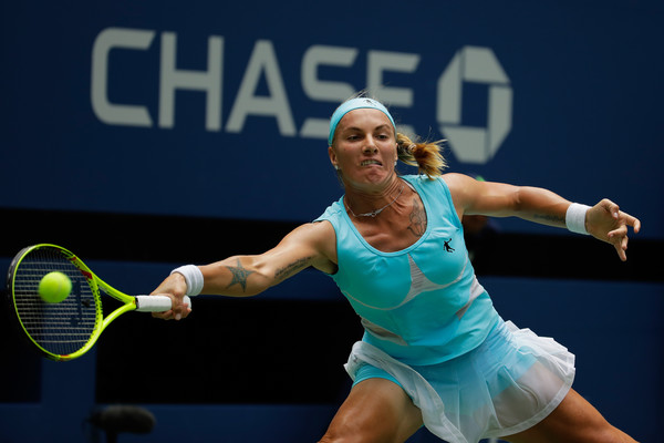 Svetlana Kuznetsova retrieves a shot at the US Open last year | Photo: Andy Lyons/Getty Images North America