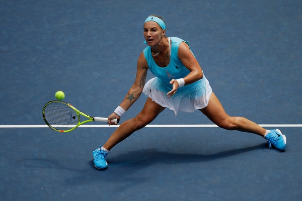 Svetlana Kuznetsova hits a volley at last year's US Open | Photo: Andy Lyons/Getty Images North America