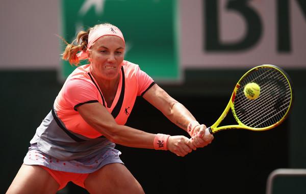Svetlana Kuznetsova struggled through all her matches | Photo: Julian Finney/Getty Images Europe
