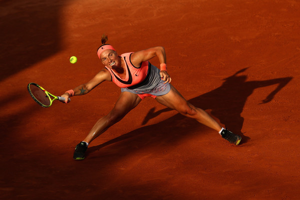 Svetlana Kuznetsova was struggling to dictate play | Photo: Clive Brunskill/Getty Images Europe