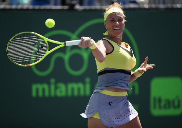 Svetlana Kuznetsova hits a strong forehand   Photo: Julian Finney/Getty Images North America