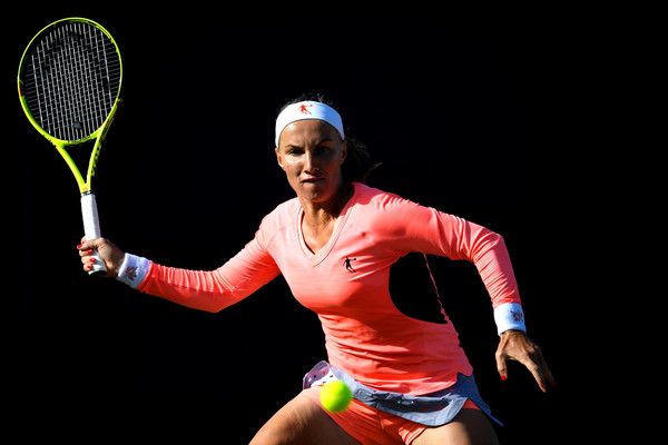 Svetlana Kuznetsova in action at the Eastbourne International | Photo: Mike Hewitt/Getty Images Europe