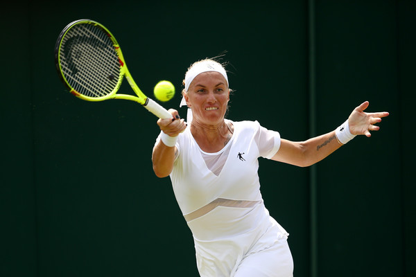Svetlana Kuznetsova in action at the Wimbledon Championships | Photo: Julian Finney/Getty Images Europe