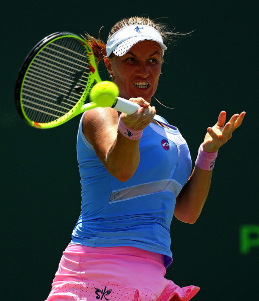 Svetlana Kuznetsova in Miami Open action. Photo: Mike Ehrmann/Getty Images