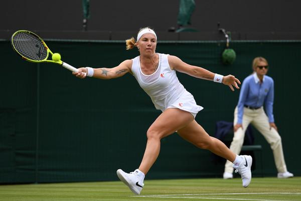 Svetlana Kuznetsova hits a running forehand at Wimbledon last year | Photo: Shaun Botterill/Getty Images Europe