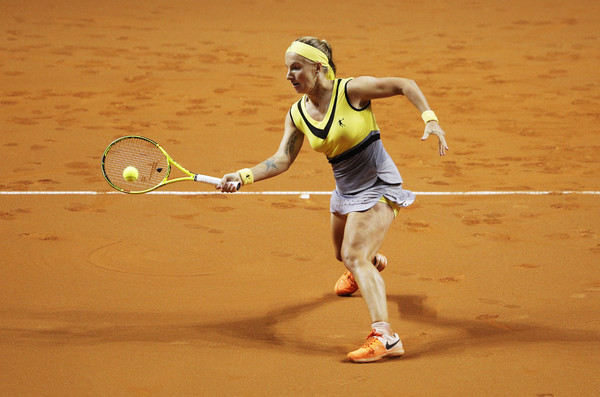 Svetlana Kuznetsova in action at the Porsche Tennis Grand Prix | Photo: Adam Pretty/Bongarts