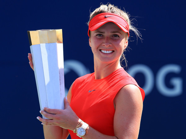 Svitolina poses with her trophy. Photo: Vaughn Ridley/Getty Images