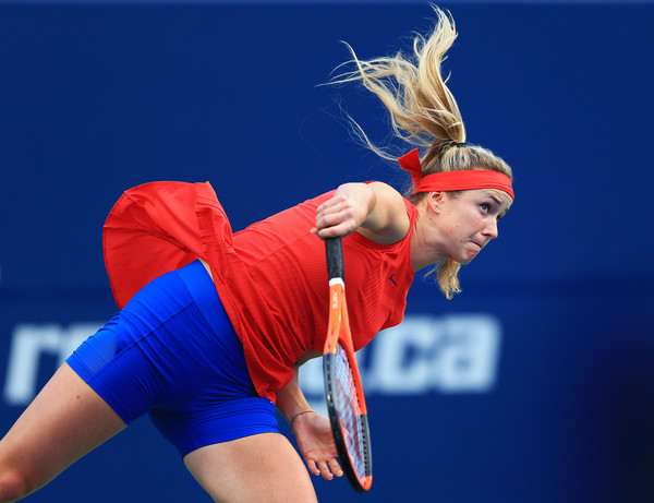Svitolina serves during her third round win. Photo: Vaughn Ridley/Getty Images