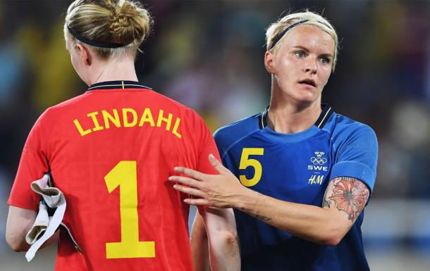 Lindahl Hedvig and Nilla Fischer of Sweden look dejected during the Olympic Women's Football match between Brazil and Sweden at Olympic Stadium on August 6, 2016 in Rio de Janeiro, Brazil. (Photo by Stuart Franklin - FIFA/FIFA via Getty Images)