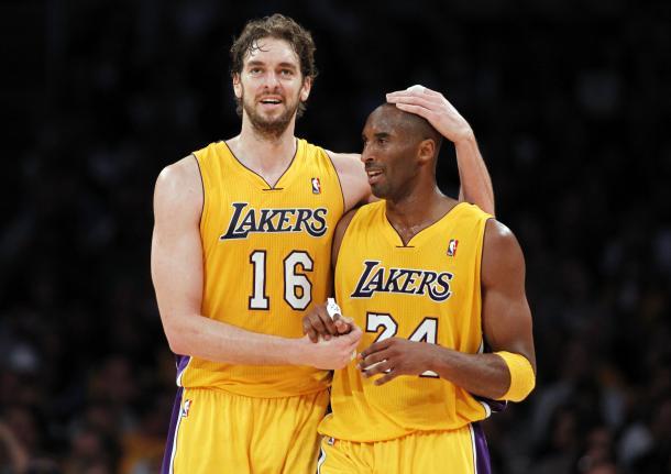 Pau Gasol y Kobe Bryant | Foto: Los Ángeles Lakers