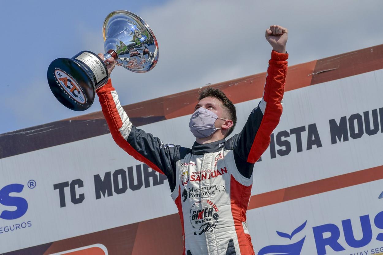 Tobias en lo mas alto del podio por 3ª vez en el año: Foto ACTC Argentina