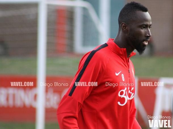 Traoré entrenando con el Sporting // Imagen: Diego Blanco - VAVEL