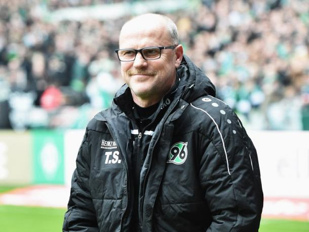 Schaaf was all smiles before kick-off. | Image source: kicker