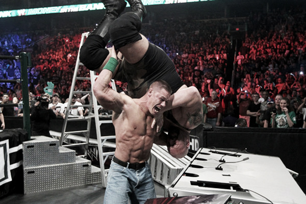 Cena showing his strength. Photo- newwrestlingstars.blogspot.com