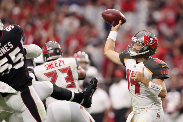 Quarterback Ryan Fitzpatrick #14 of the Tampa Bay Buccaneers throws a pass during the second half of the NFL game against the Arizona Cardinals. |Source: Christian Petersen/Getty Images North America|