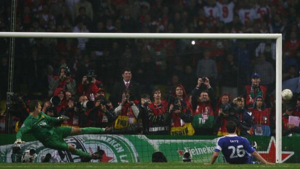 Terry fallando el penal. Foto: @ChampionsLeague
