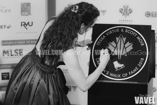 A custom for any inductee, Virtue was present for the actual unveiling of her star with Moir and Canada's Walk of Fame CEO Jeffrey Latimer and was asked to sign it to make the induction official.