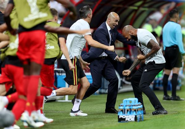 Thierry Henry y Roberto Martínez celebrando durante el Mundial | Zimbio