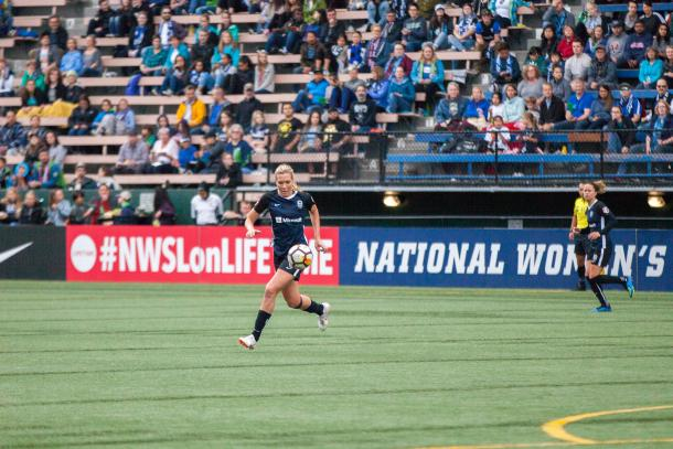 Holding midfielder Allie Long has been one of the additions in 2018 that has helped improve the Seattle defense. | Photo: Lindsey Trapnell