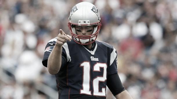 ¿Será Tom Brady el número uno del ranking? Foto: NFL