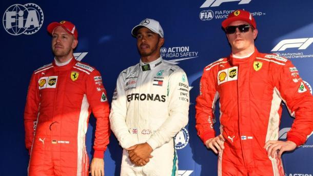 Hamilton (centro), Räikkonen (dir.) e Vettel (esq.): os três primeiros no grid da Austrália (Foto: Mark Sutton/Sutton Images via Formula 1)